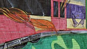 Graffiti na pociągach, wybite szyby. Wandale atakują SKM