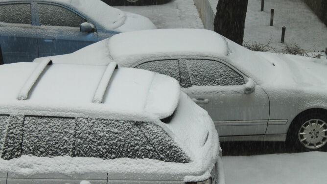 Opady śniegu utrudnią jazdę