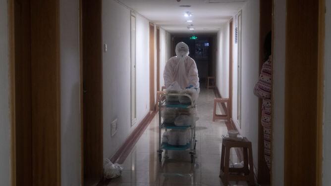 65 ofiar śmiertelnych koronawirusa z Chin jednego dnia. To rekord