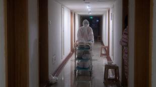 Prawie 500 ofiar śmiertelnych koronawirusa z Chin. Zakażonych ponad 24 tysiące