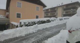 We włoskich Alpach spadł śnieg