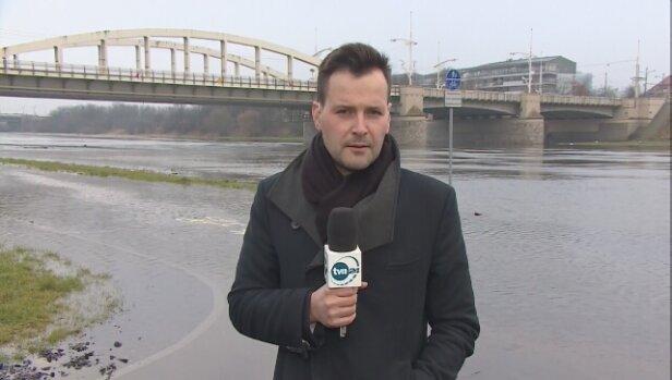 3feb0f46f8 W niedzielę stan alarmowy na rzekach został przekroczony na 22 stacjach  wodowskazowych. Woda zalewa tereny w województwach lubuskim i wielkopolskim.